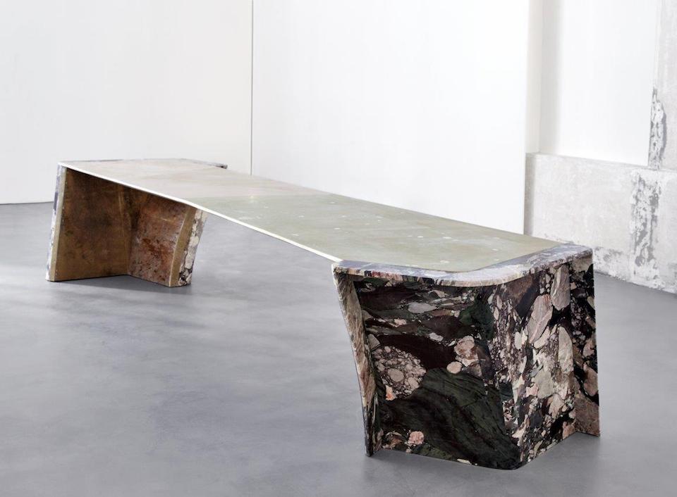 Le mobilier texturé de Vincenzo Di Cotiis