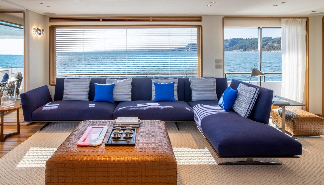 Custom Line Navetta 30 : tout un confort flottant